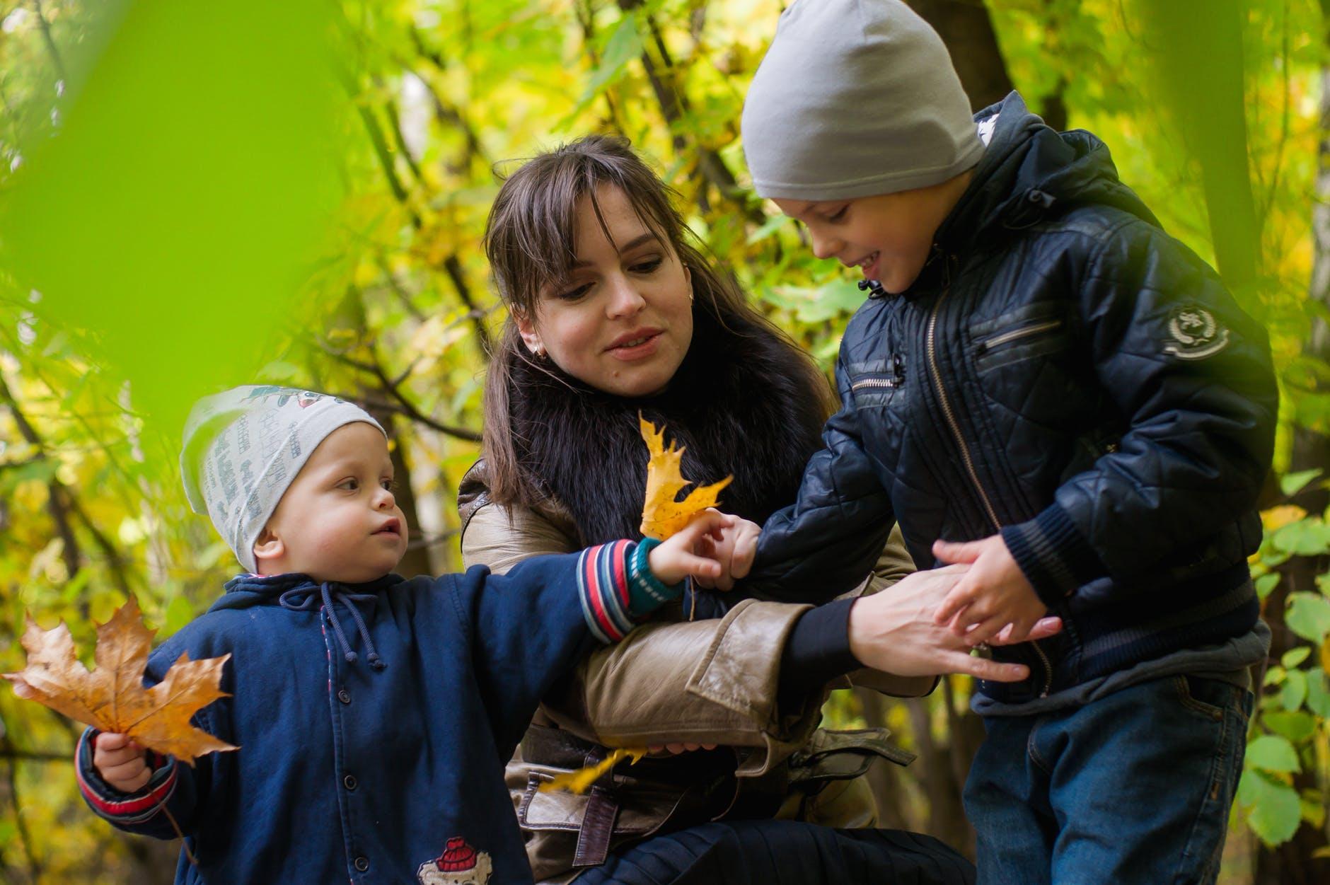 Partir à la montagne avec bébé pendant les vacances, les astuces